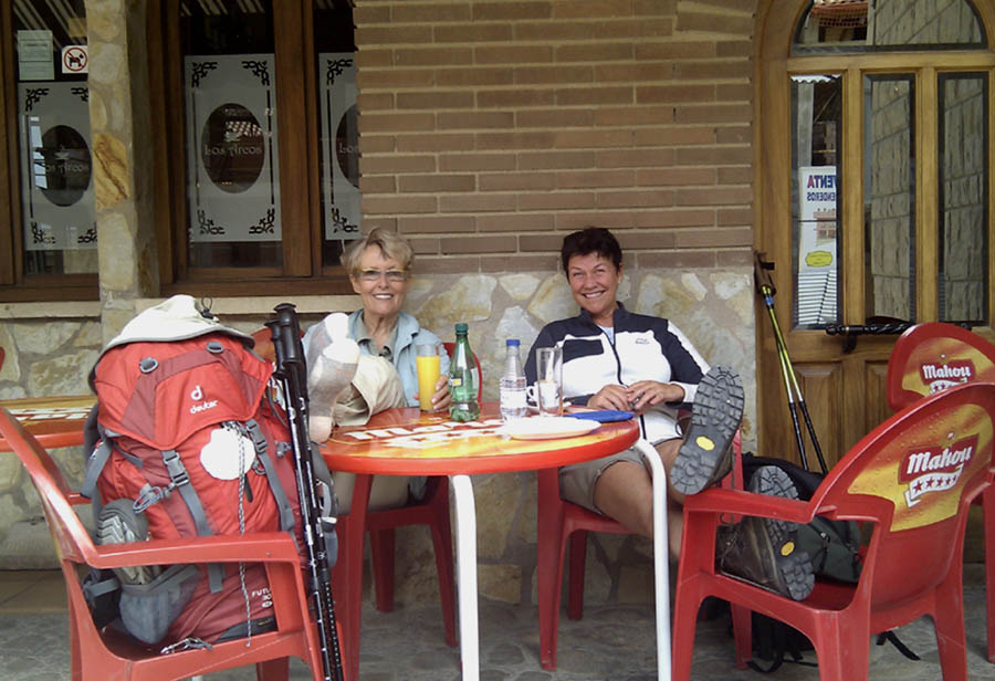 Trish with Swedish friend Maria, taking time out in Navarette. www.guidetothecamino.com